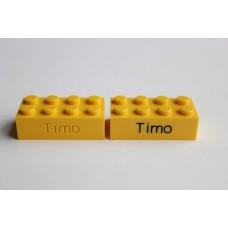 Legoblok 2x4 Geel - Graveren en tekst ingekleurd