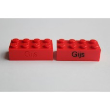Legoblok 2x4 Rood - Graveren en tekst ingekleurd