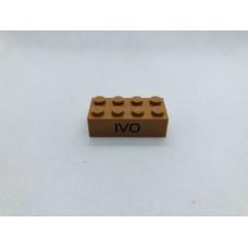 Legoblok 2x4 Oranje Bruin - Graveren en tekst ingekleurd