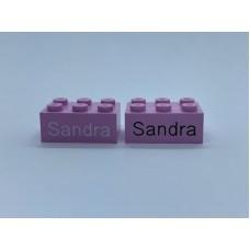Legoblok 2x3 Roze - Graveren en tekst ingekleurd